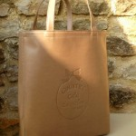 Lizzy bag grand modèle marron : 115 €